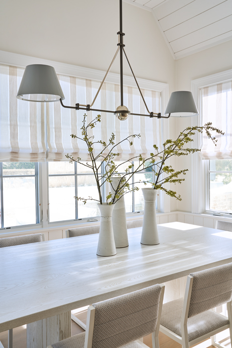 Dining room - Sagaponack Interior Design by Vannessa Rome